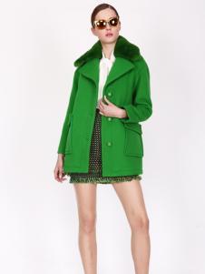 璱妠女装冬季新款绿色外套