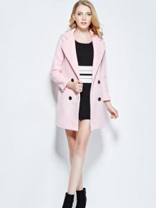 KCQ粉色外套