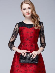 百依秀子新款红色连衣裙