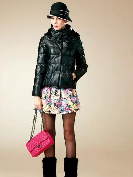 卡缇女装冬季新款短款黑色羽绒服