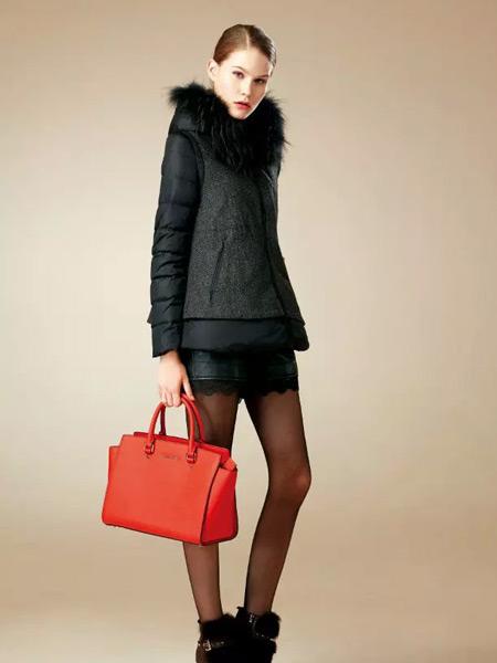 卡缇女装冬季新款黑色羽绒服