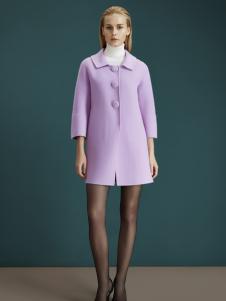 梦菲雪紫色羊绒冬装上衣