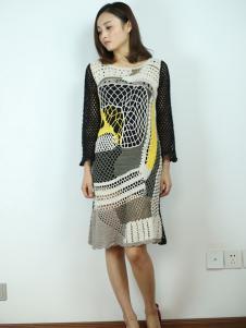 一本衣物女装241323款