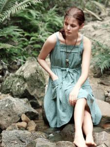 禾佃女装吊带连衣裙