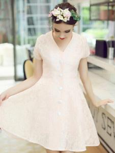 珊版丽白色连衣裙