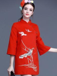 珊版丽民族连衣裙
