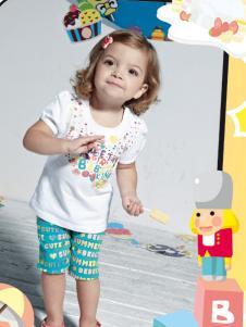 皇儿童装新款女小童白色T恤