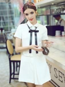 珊版丽短款连衣裙