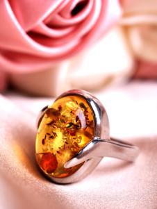 愛華尚珠寶