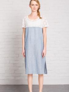路莎春款连衣裙