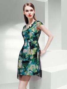 艺梦来绿色印花连衣裙