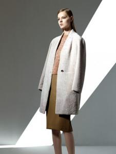 太和羊绒大衣