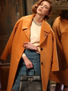 璞秀毛呢大衣