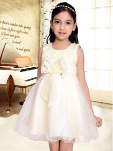 班吉鹿童装拼接的连衣裙