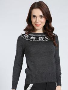 雅意娜菲毛衣