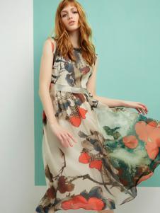 梦菲雪长款连衣裙
