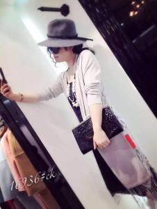 2016芮雨聆夕长款外套