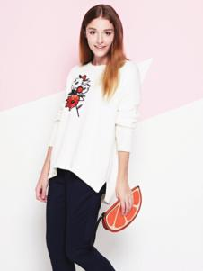 NANCY·K白色上衣