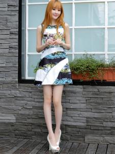 郁香菲连衣裙