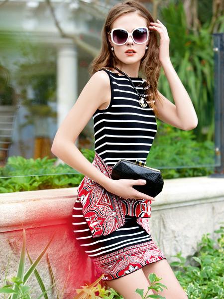 迪奥女装夏季新款条纹包臀裙