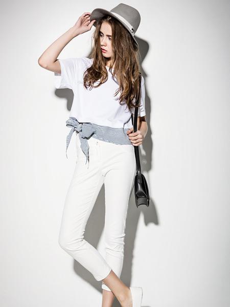 西蔻女装夏季新款休闲白色T恤