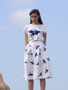 诺娜莉新款连衣裙