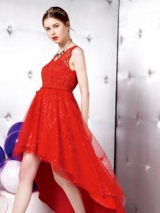 悠媤莉红色连衣裙