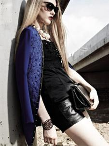 亮点女装蓝色外套样品