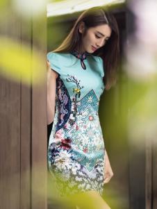 华姿韵中国风旗袍