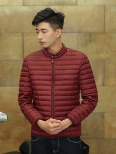 杰克范红色羽绒服