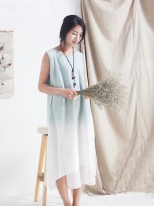 麻蚕禅蓝色连衣裙