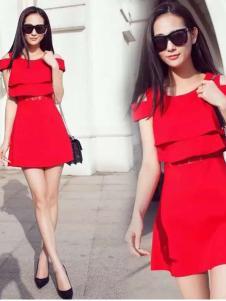 七步香2016新品红色裙装