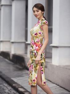 华姿韵旗袍