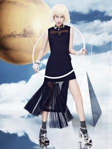 秀亦2016新品黑色连衣裙