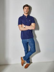 百富蓝色T恤