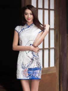 华姿韵中长款旗袍