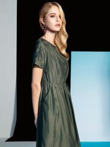 莱姿军绿色连衣裙