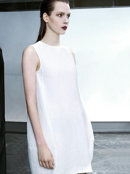 D2M女装2016新品白色连衣裙