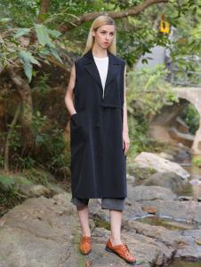 2016蒙杰诗丹女装夏季新款黑色马甲