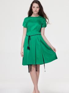 艾露伊女装夏款绿色连衣裙