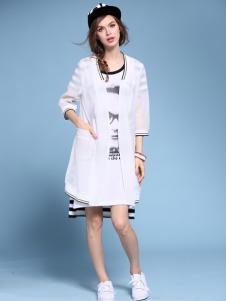 2016维曼缇女装白色外套