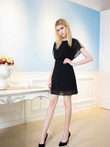 FULLTEAM(富天)黑色连衣裙