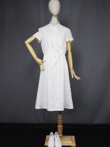 道内2016新品白色收腰连衣裙