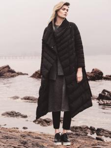 唯简尚女装冬季新款羽绒服