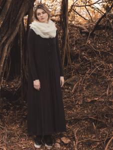 唯简尚女装长款秋冬外套
