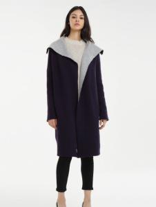 一本衣物翻领大衣