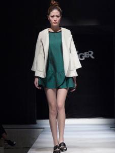 丹诗格尔时尚女装