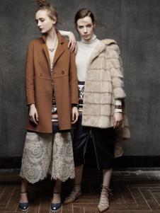 红贝缇女装冬季新款时尚外套