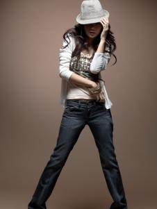 美酷思女款牛仔裤