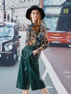 香影绿色裤腿裤